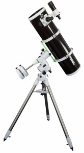 Skywatcher Explorer 200P EQ5 Reflector Telescope